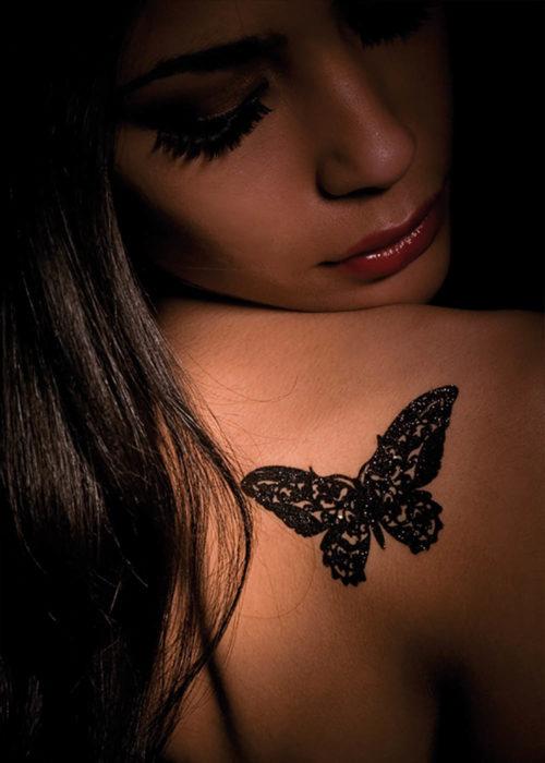 bijoux de peau papillon belphegor noir porté
