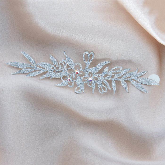 bijoux de peau madame geisha bracelet argent fond satin