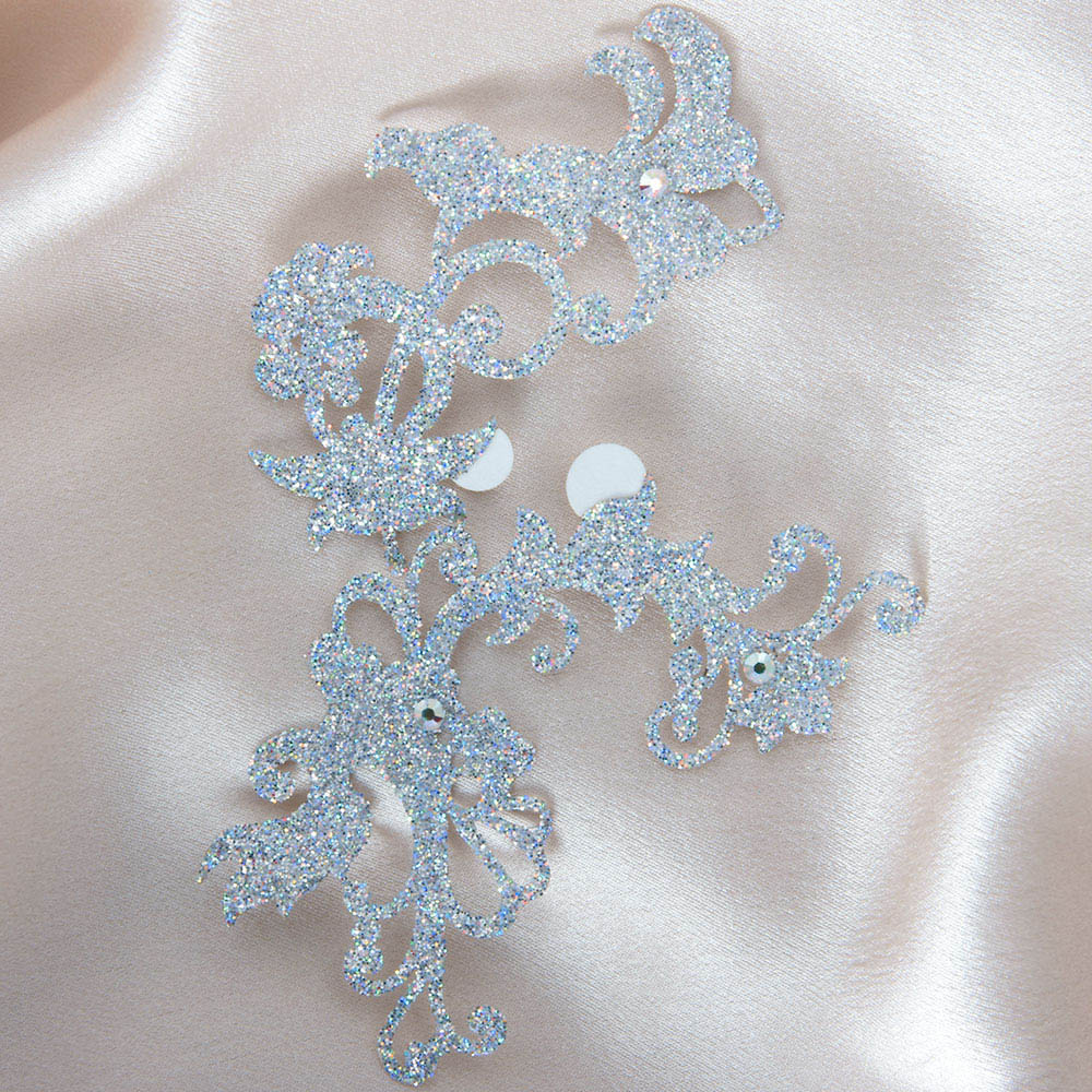bijoux de peau jasmin pearl argent fond satin