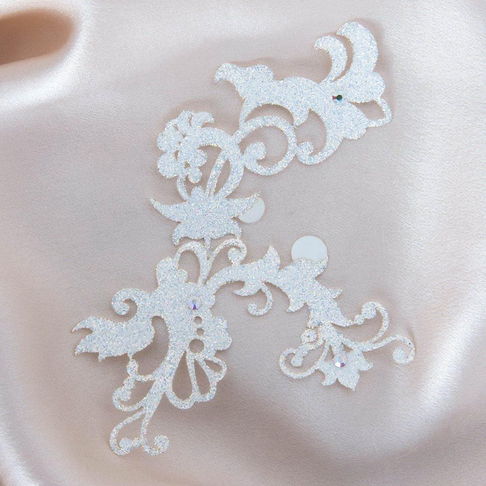 bijoux de peau jasmin pearl blanc fond satin