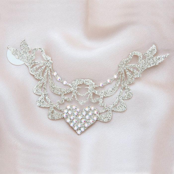 bijoux de peau marquise de pompadour or fond satin