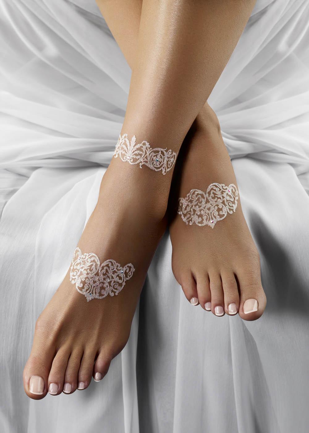 Tattoo strass paillettes blanc porté