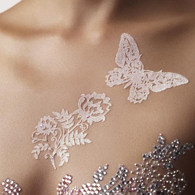 bijoux de peau autocollants