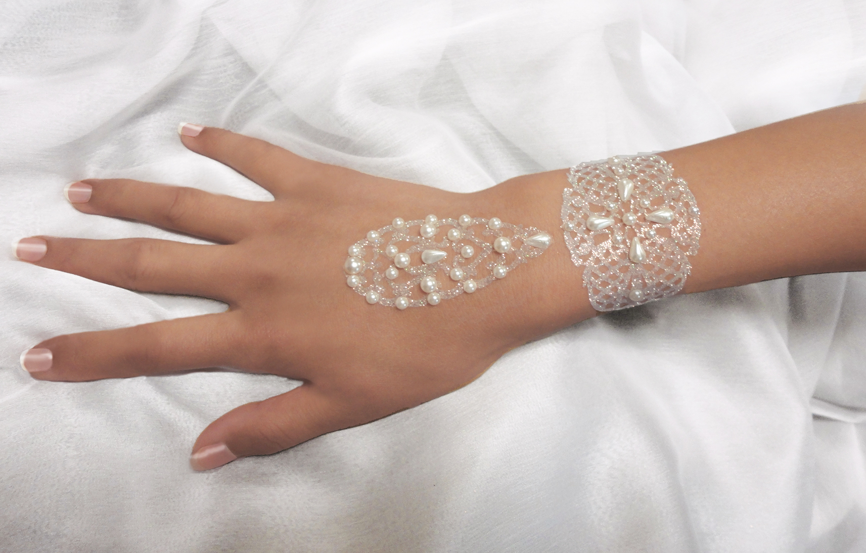 Bijoux de peau Mariage Main